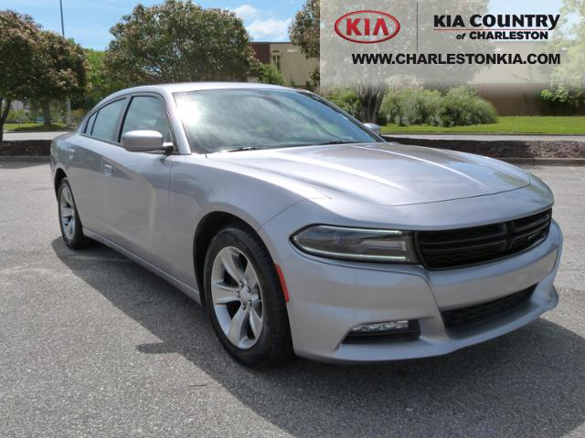 pre owned 2016 dodge charger 4dr sdn sxt rwd 4dr car in charleston p1526 kia country of. Black Bedroom Furniture Sets. Home Design Ideas